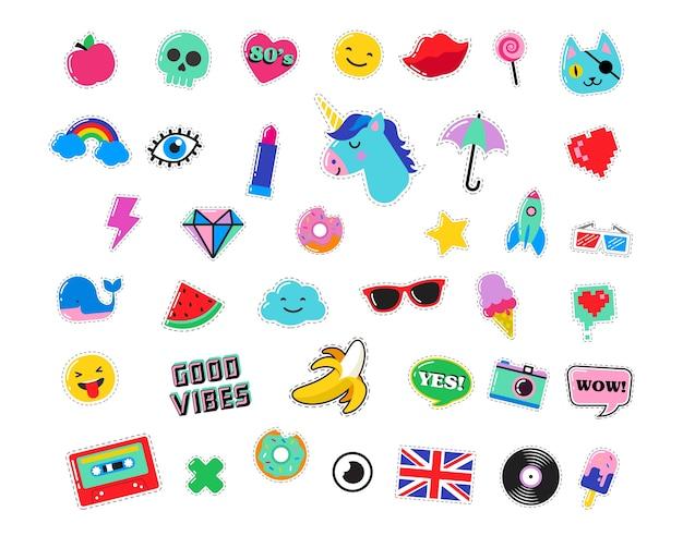 Modne naszywki, przypinki, odznaki, kreskówki i naklejki w stylu pop-art