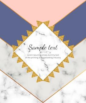 Modny geometryczny wzór z marmurowymi, różowymi, niebieskimi i szarymi trójkątami. nowoczesna ramka złoty brokat