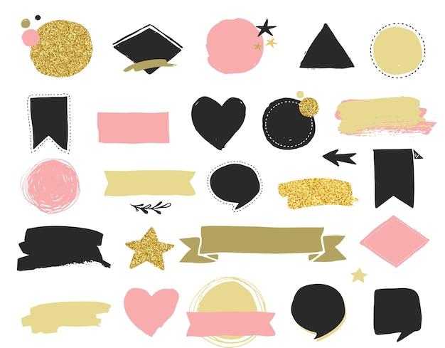 Modowe naszywki i naklejki, etykiety i metki sprzedaży. złote serca, dymki, gwiazdy i inne elementy.