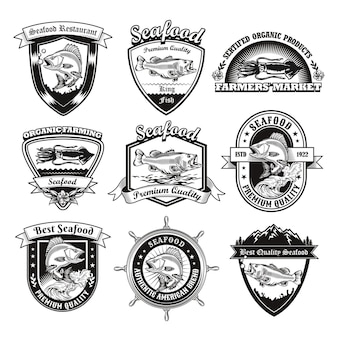 Monochromatyczne emblematy dla zestawu ilustracji restauracji z owocami morza