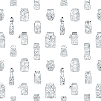 Monochromatyczny wzór z marynowanymi warzywami w szklanych słoikach i butelkach ręcznie rysowane z czarnymi liniami konturowymi na białym tle. ilustracja do tapety, tła, druku tekstyliów.