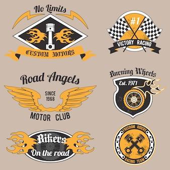 Motocykl grunge bez ograniczeń niestandardowe projektowanie silników odznaki ustawić odizolowane ilustracji wektorowych.
