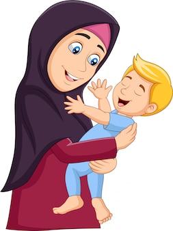 Muzułmanin matka przytulanie syna