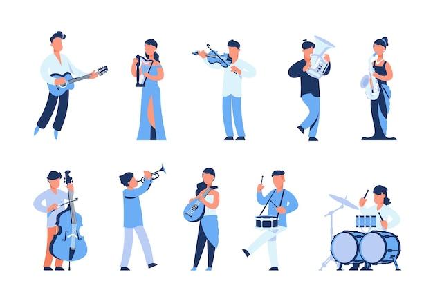 Muzycy z kreskówek. mężczyźni i kobiety grający na instrumentach muzycznych, uliczni muzycy i członkowie orkiestry