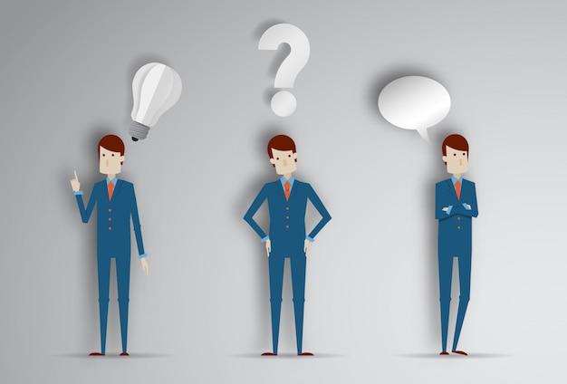Myślący mężczyzna z znakiem zapytania i pomysł żarówką. kreskówki wektorowa ilustracja biznesmen w papieru cięcia stylu 3d