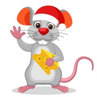 Mysz w kapeluszu boże narodzenie trzymając kawałek sera i macha na białym tle. rok myszy