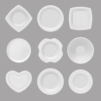 Naczynia, realistyczne z różnych talerzy