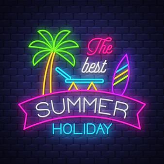 Najlepszy napis neonowy na wakacje