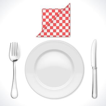 Nakrycie kolacji na białym tle
