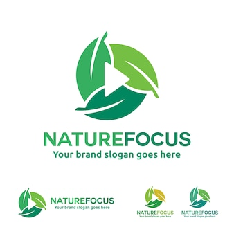 Nature photography logo, liść z symbolem przycisku odtwarzania.