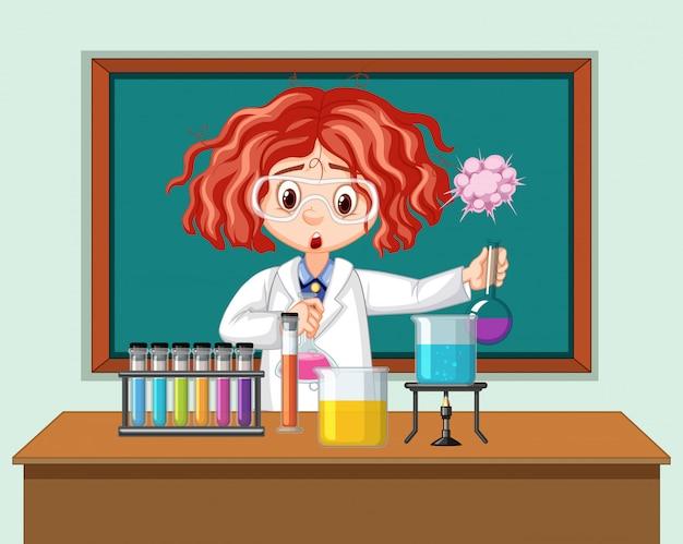 Naukowiec pracujący z narzędzi naukowych w laboratorium
