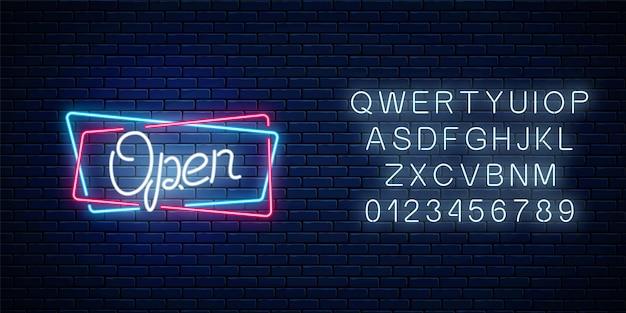 Neon otwartej dłoni ciągnione znak w geometrycznych kształtach z alfabetem na tle ceglanego muru. całodobowy pasek roboczy. symbol reklamy otwarcia sklepu. ilustracja wektorowa.