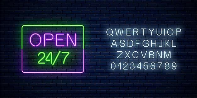 Neon otwarty 24 godziny 7 dni w tygodniu, znak w kształcie prostokąta z alfabetem