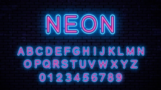 Neonowe wielkie litery i cyfry, świecący alfabet.