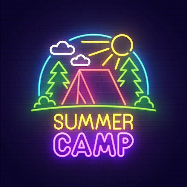 Neonowy obóz letni znak