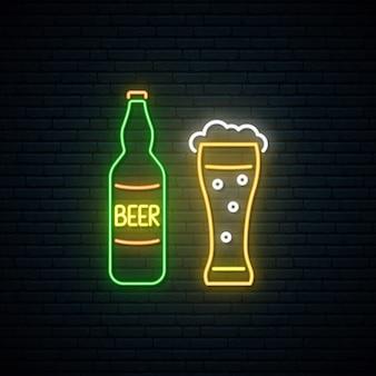 Neonowy znak piwa.
