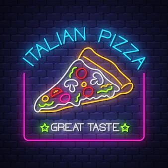 Neonowy znak włoskiej pizzy