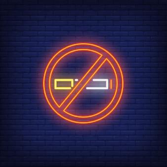 Neonowy znak zakazu palenia