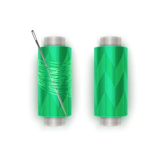 Nić w kolorze zielonym, zestaw szpulek do nici. kolorowa plastikowa szpulka z realistyczną igłą. ilustracja