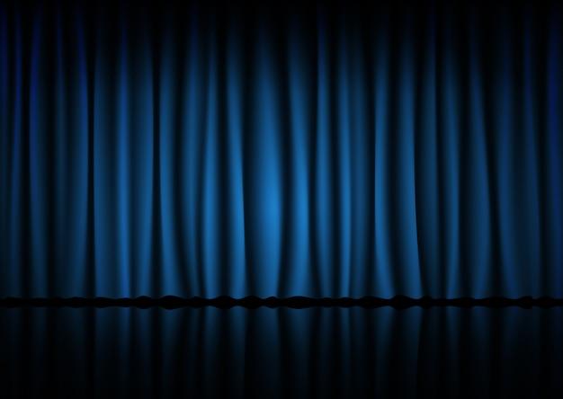 Niebieska kurtyna z kina, teatru lub opery