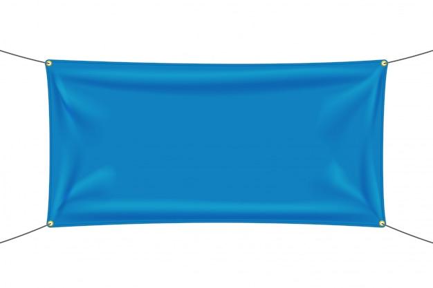 Niebieska tkanina z zakładkami