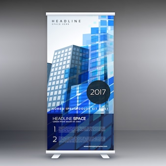 Niebieski abstrakcyjny projekt standee szablonu