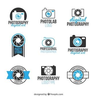 Niebieski kolekcja nowoczesnych aparatów fotograficznych