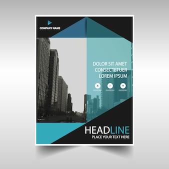 Niebieski kreatywny raport roczny szablon okładki książki