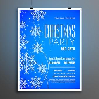 Niebieskie płatki śniegu wesołych świąt bożego narodzenia szablon ulotki