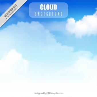 Niebieskim tle nieba z chmurami realistycznych