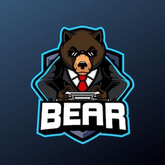 Niedźwiedź maskotka gamer logo sportowe i e-sportowe na białym tle