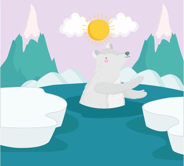 Niedźwiedź polarny na wodzie
