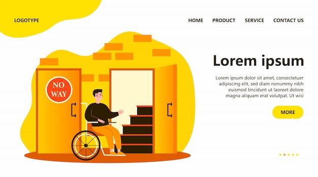 Niepełnosprawny mężczyzna na wózku inwalidzkim, patrząc na schody