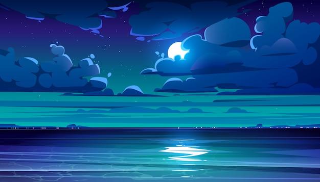Nocy morza krajobraz z linią brzegową i księżyc w niebie