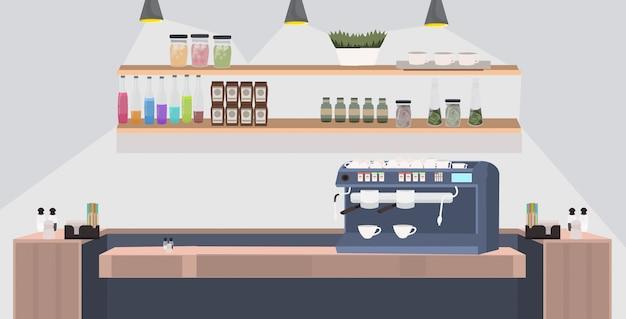Nowoczesna kawiarnia pusta bez ludzi restauracja licznik biurko z profesjonalnym ekspresem do kawy kawiarnia wnętrze płaskie poziome