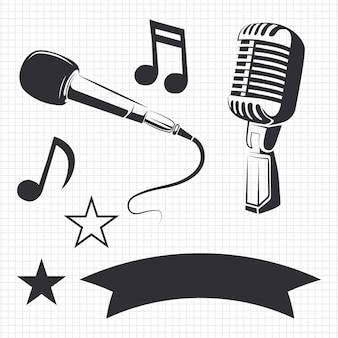 Nowoczesne i retro mikrofony oraz szczegóły muzyczne na etykietach