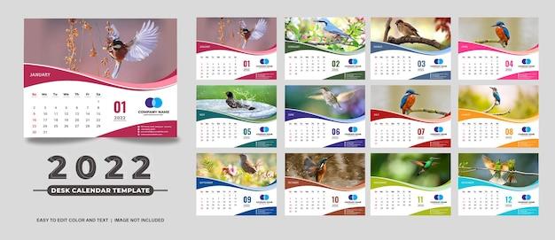 Nowoczesny i pełnokolorowy kalendarz na biurko 2022 szablon