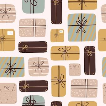Nowoczesny wzór z pudełkami na prezenty i prezentami w stylu płaski na białym tle