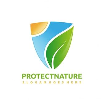 Ochrona przyrody z tarczą logo