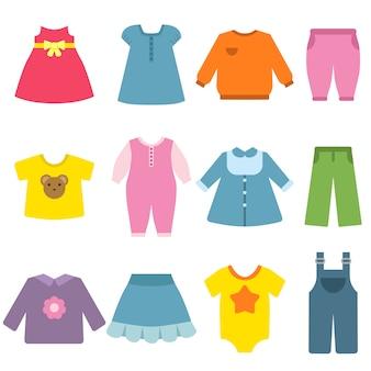 Odzież dla dzieci na białym tle