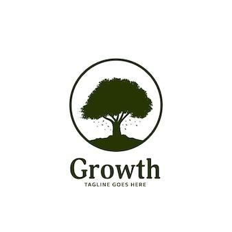 Odznaka z logo wielkiego drzewa, duży wzrost drzewa natury logo sylwetka ikona szablonu