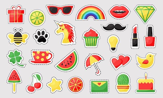 Odznaki patch kolorowy kreskówka zestaw ślicznych ikon z liniami przerywanymi