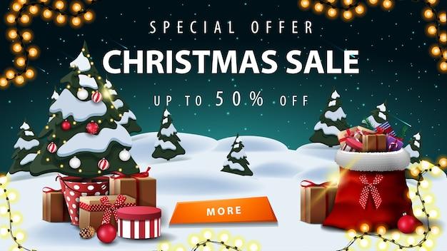 Oferta specjalna, wyprzedaż świąteczna, rabat do 50, baner rabatowy z zimowym krajobrazem.