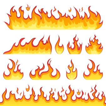 Ogień płonie ikony w stylu kreskówka na białym tle. płomienie o różnych kształtach. zestaw fireball, symbole płomieni. ilustracja.