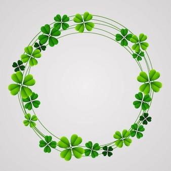 Okrągła rama świętego patryka z zielonymi koniczynami