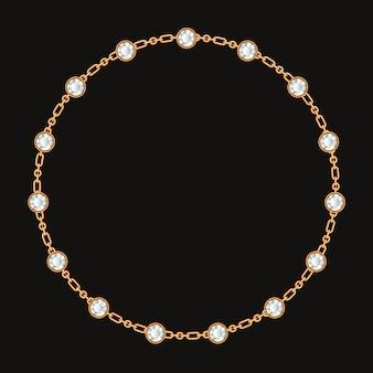 Okrągła rama wykonana ze złotego łańcuszka