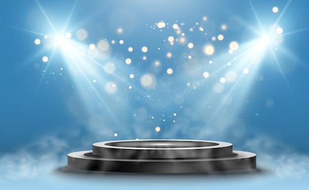 Okrągłe podium, cokół lub platforma, oświetlone reflektorami w tle. ilustracje. podium z dymem. jasne światło. palić.