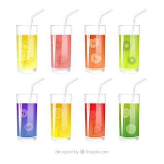 Opakowanie ośmiu szklanek z różnymi rodzajami soków