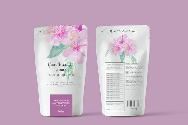 Organiczna reklama kwitnących kwiatów herbaty