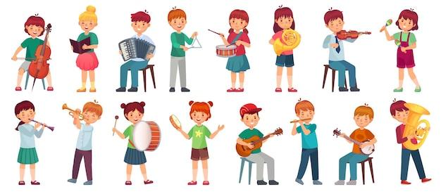 Orkiestra dziecięca gra muzykę. dziecko grające na gitarze ukulele, dziewczyna śpiewa piosenkę i gra na bębnie. muzycy dla dzieci z zestawem ilustracji instrumentów muzycznych.